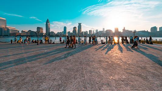 上海夕阳下的外滩图片