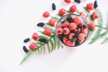 网红风水果树莓图片