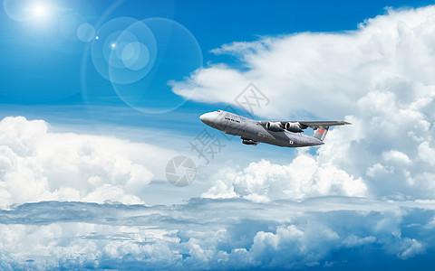 蓝天下飞机图片