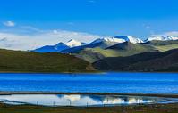 西藏羊卓雍错湖美景图片