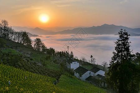 日出山居云海图片