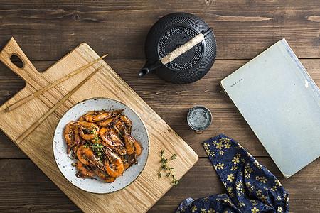 蒜香烤虾图片