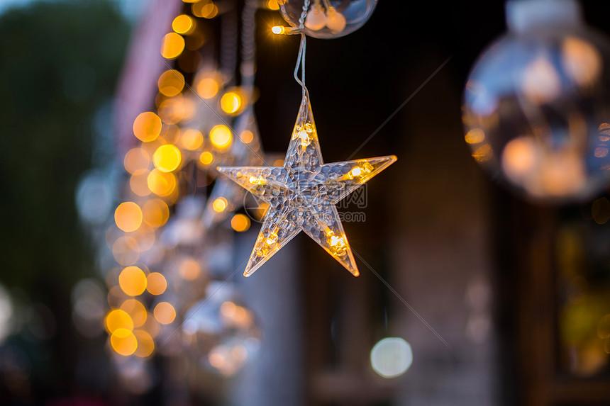 圣诞节的小星星图片
