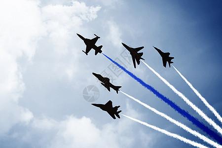 冲上云霄的飞机图片