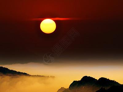 大气的光雾山云海日出景色图片
