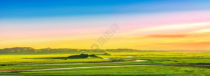 草原湿地上的晚霞图片