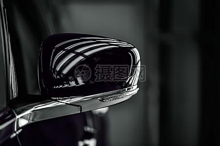 轿车反光镜图片