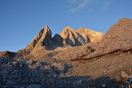 玉龙雪山-佛祖保佑的雪山图片