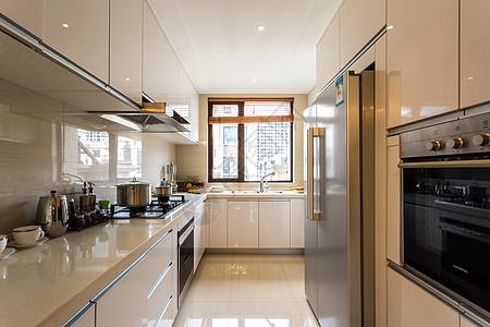 宽敞的欧式装修风格厨房图片
