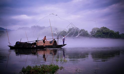 浙江旅游景区瓯江上的渔船捕鱼图片
