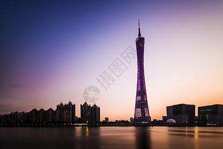 夜幕下的广州塔图片
