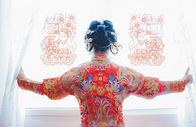 中式婚纱新娘背影图片