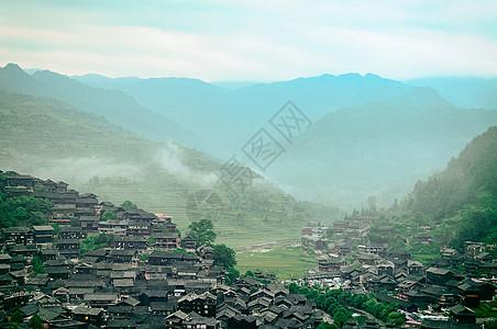 西江苗寨旅游胜地的古镇特色建筑风光图片