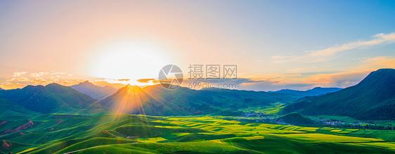 卓尔山的日出图片