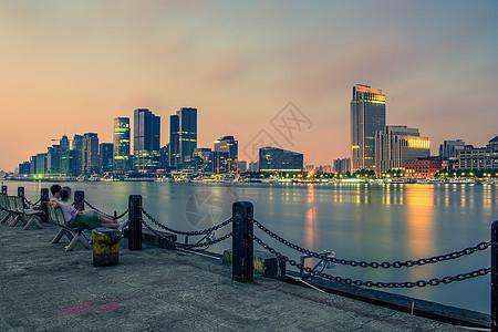 上海黄浦江畔的晨光图片