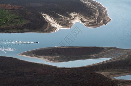 山水小船大地纹理图片