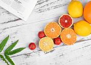 富含维生素的新鲜水果图片