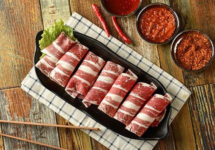 火锅涮牛肉图片