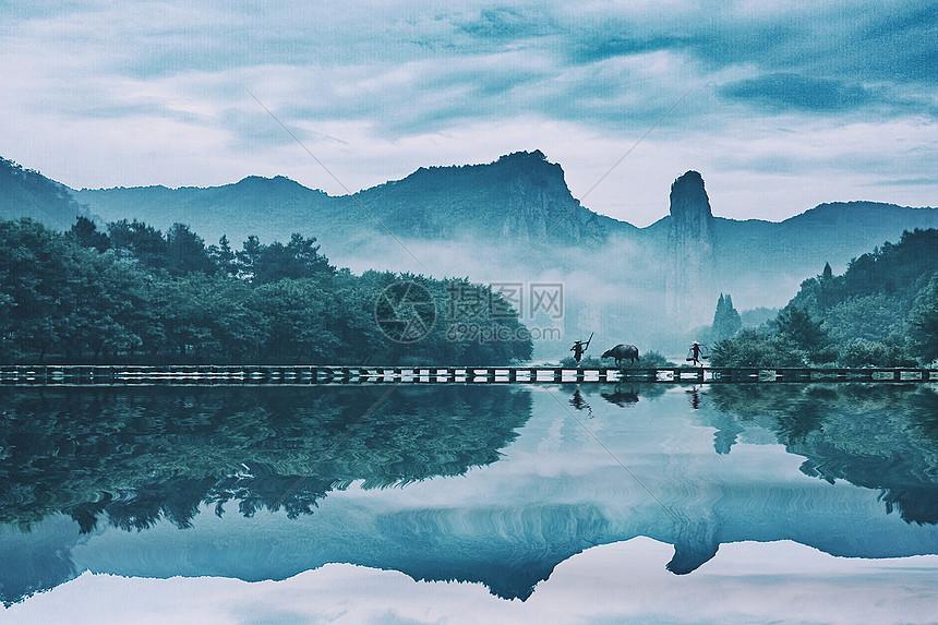 美丽的山水田园风光倒影图片