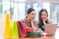 女性商业中心购物500731547图片