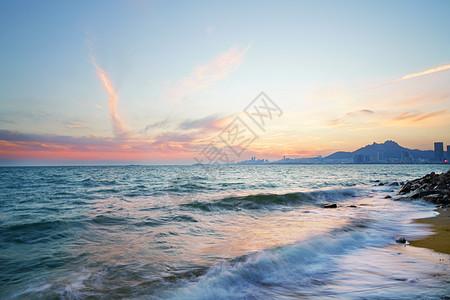 青岛石老人海滩图片
