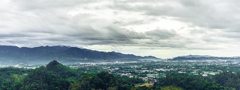 山脉梯田云朵天际线图片