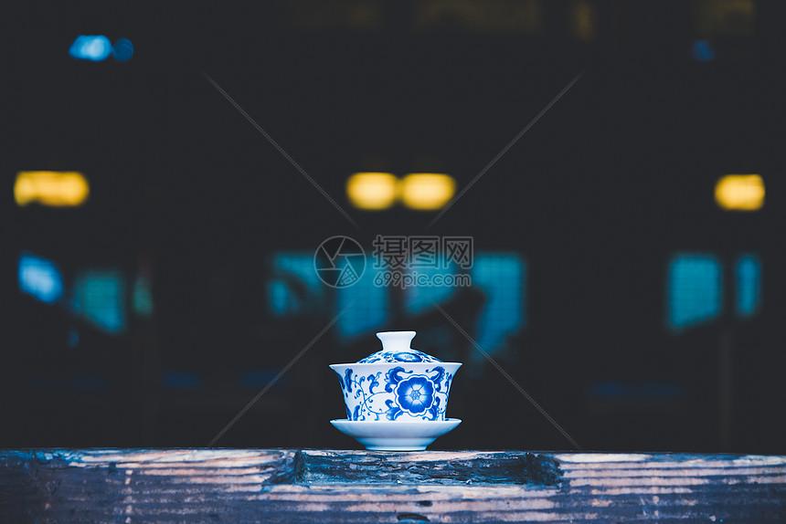 一杯绿茶图片