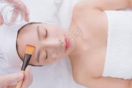 美女顾客在做洁面护肤500734886图片
