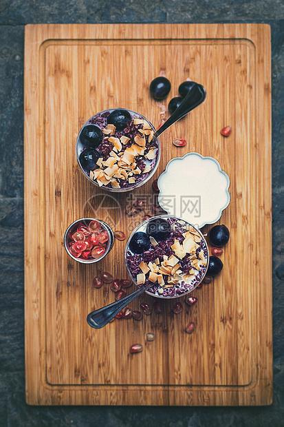 谷物酸奶制品静物图片