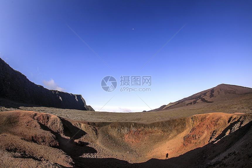 富尔奈斯火山图片