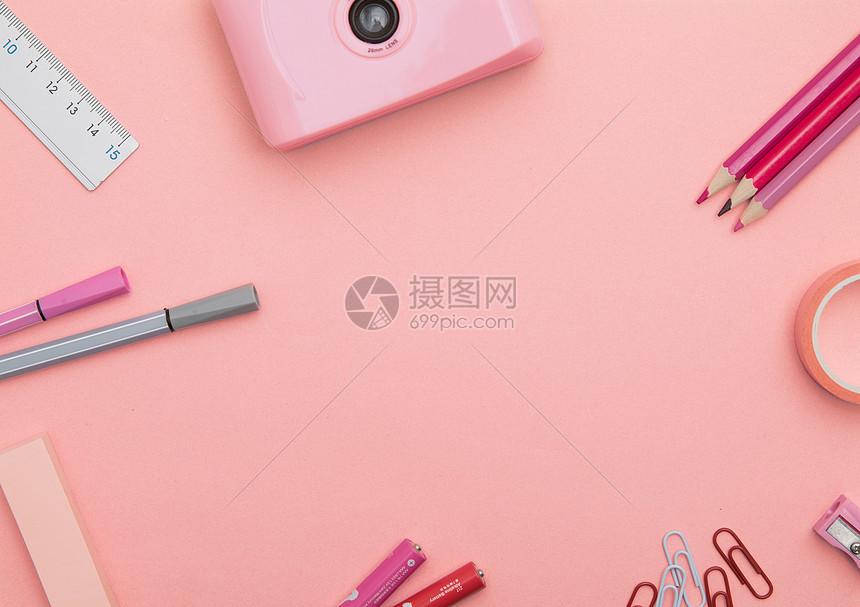 粉色系静物拍摄图片