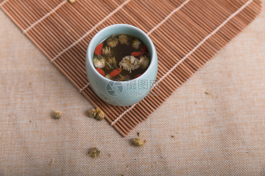 菊花枸杞养生茶图片