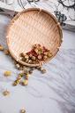 干菊花枸杞养生茶图片
