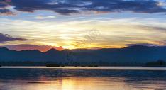 云南大理洱海晚霞图片