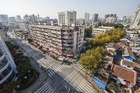 城市发展中的拆迁房图片