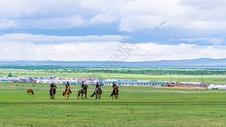 内蒙古呼伦贝尔赛马图片
