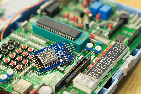 电路板电子元件图片