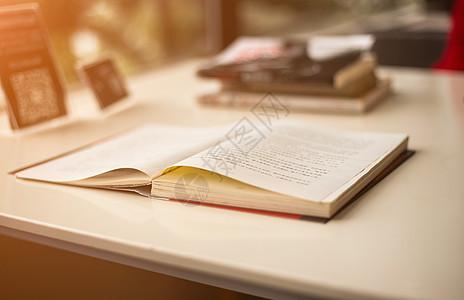 读书阅读的好习惯图片