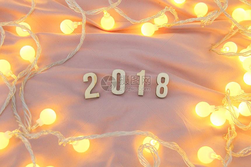 温馨2018新年跨年背景图图片