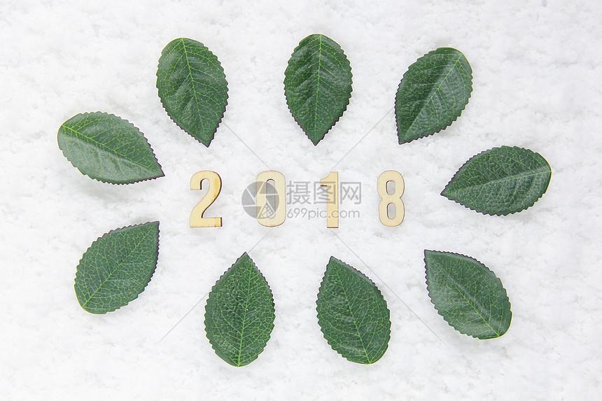 2018新年雪地简约背景图图片
