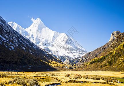 雪山一景图片