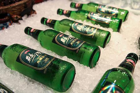 冰镇啤酒高清图片