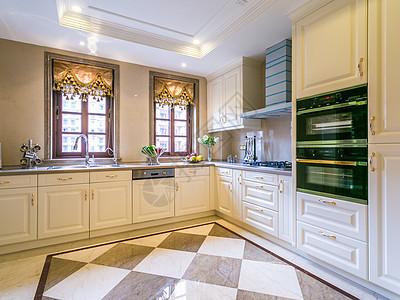 欧式简约大空间厨房图片