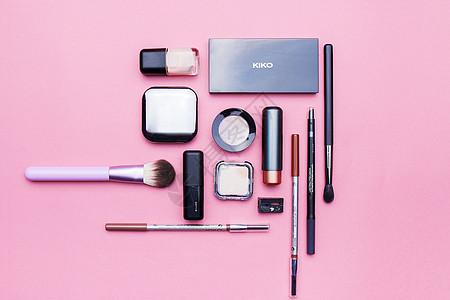 平铺化妆用品组合静物素材图片
