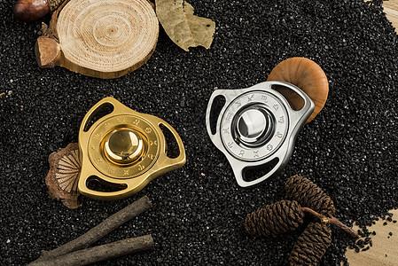 铁砂上的十二星座指尖陀螺图片