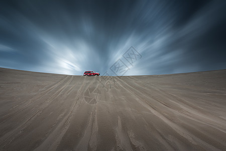 沙漠越野车汽车背景图图片