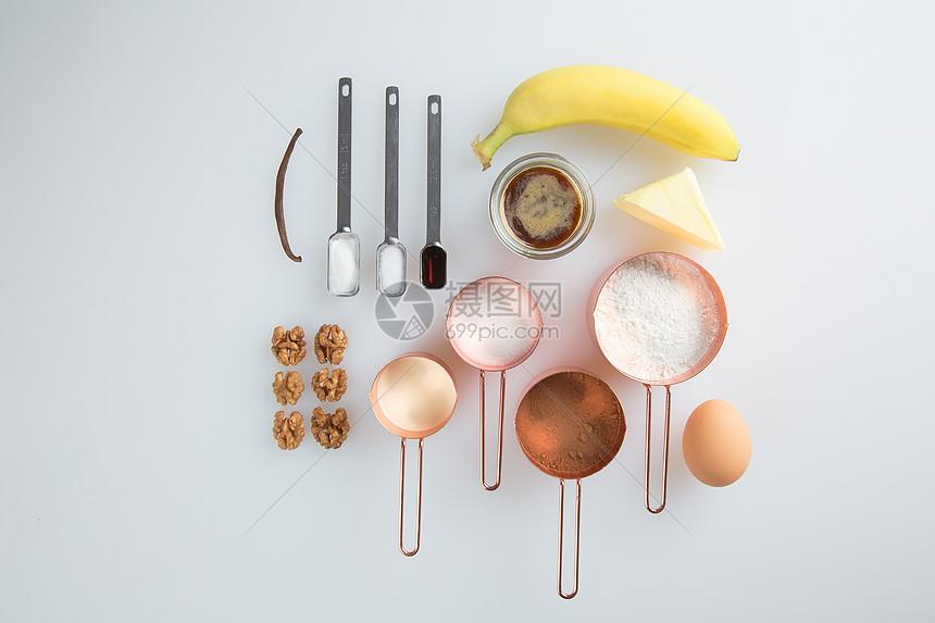 香蕉蛋糕食材图图片
