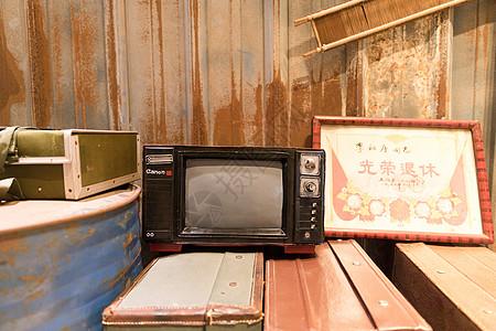 老式黑白电视机图片