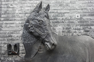 成都宽窄巷子雕塑文化图片