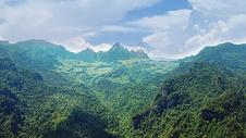 航拍张家界武陵源风景区图片
